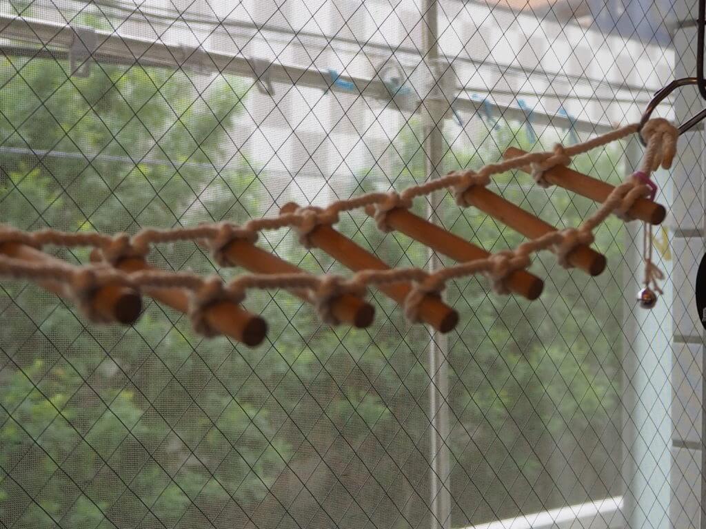 吊り橋のおもちゃ